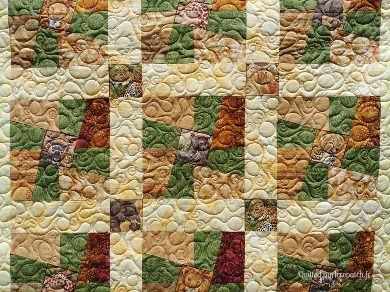 Couvre_lit-Twisted sisters-Motif-Quilting-BULLE-fil-multicolore-détails plusieurs blocs et matelassage