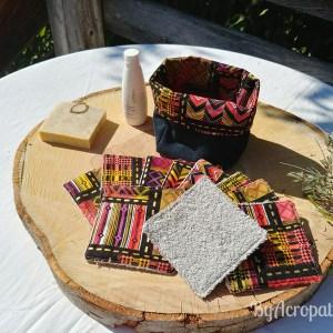 Pochon-lingette-lavable-couleurs-acidulées-dorure-fond-noir-PL106