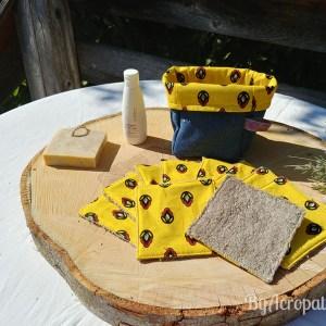 Pochon-lingette-lavable-tissus-provençal-fond-jaune-PL109