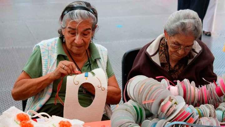 Se alcanzará meta de entrega de apoyos a adultos mayores: AMLO