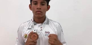 El boxeador Daniel López Estrada conquistó medalla de bronce para Veracruz en la reciente Olimpiada Nacional efectuada en Cancún, Quintana Roo y está feliz por haber aportado un buen resultado a la entidad veracruzana.