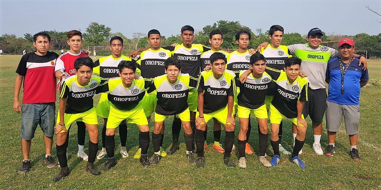 Optimista se reportó el seleccionado de la Liga Roberto Oropeza para tomar parte del Campeonato Estatal Sub 15 que el próximo fin de semana se llevará a cabo en Tuxpan, norte del estado de Veracruz, con la presencia doce combinados de la geografía veracruzana.