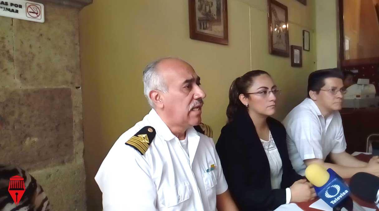 -El presidente de la Consultoría de Profesionistas de la Marina Mercante y Puertos, Faustino Suárez Rodríguez, aseguró que en México sólo existen siete abogados especializados en derecho marítimo.