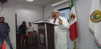 El secretario de Salud, Roberto Ramos Alor confirmó que el pastel entregado por la Asociación World Wide Vision, fue el causante de la la intoxicación de mil 358 en la sierra de Zongolica.