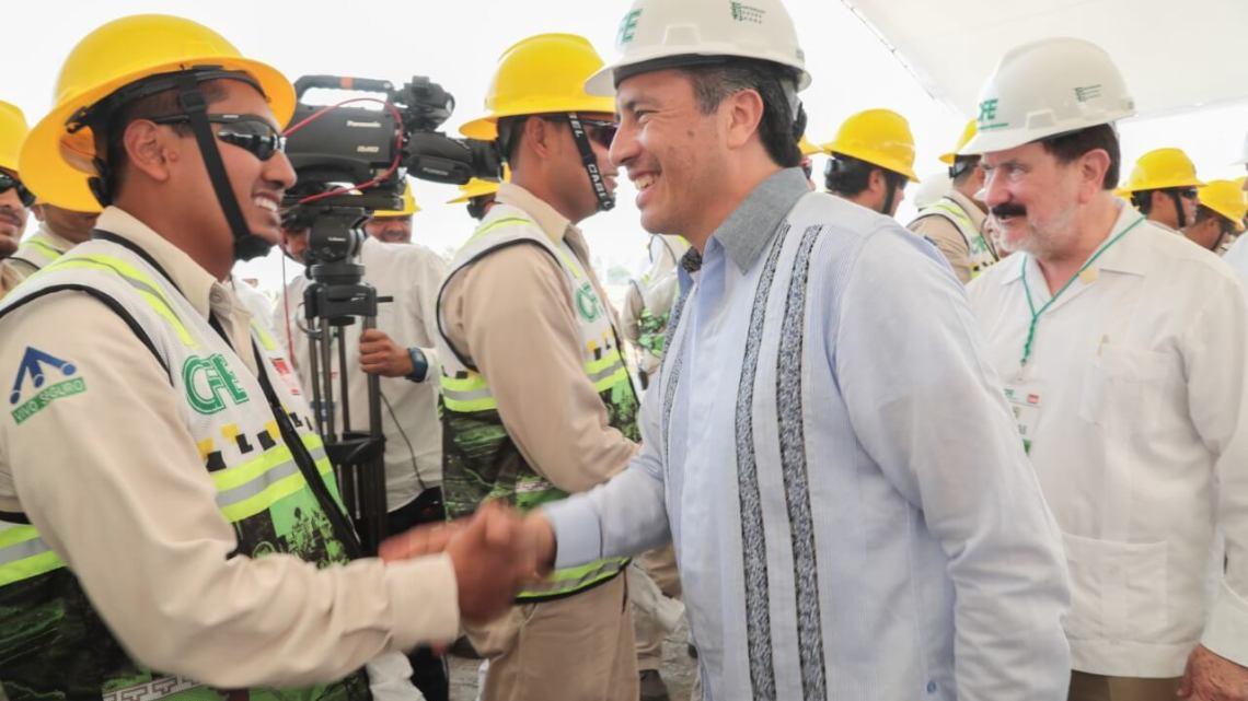 Anuncia gobernador posible convenio para reducción de tarifas de electricidad