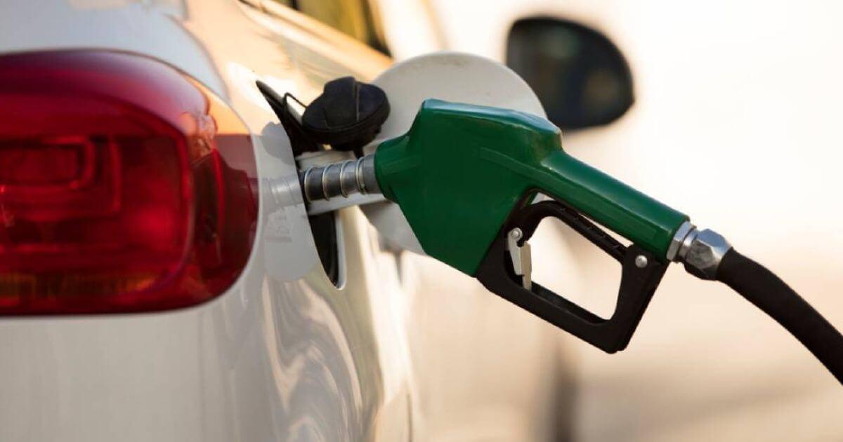 El presidente, Andrés Manuel López Obrador reconoció que durante el momento más crítico de la lucha contra el huachicol, las reservas de combustible en México llegaron a disminuir al grado de que sólo había gasolinas disponibles para una semana.