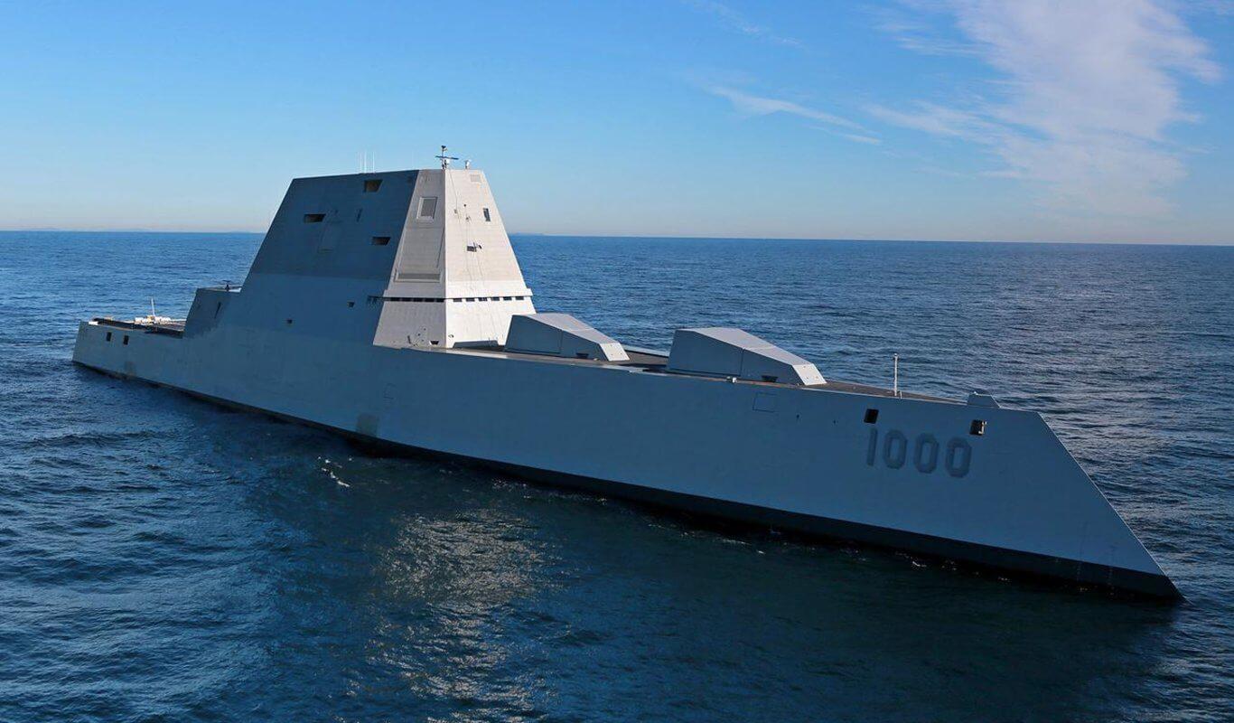 Un buque de guerra de Estados Unidos y otro de la armada rusa estuvieron a pocos metros de colisionar en un confuso incidente en el Pacífico del cual ambas partes se culpan, de acuerdo a fuentes de información de ambos países.
