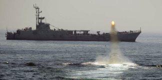 El secretario de Estado de Estados Unidos, Mike Pompeo acusó a Irán de estar detrás de los presuntos ataques perpetrados este jueves contra dos cargueros en aguas del golfo de Omán.