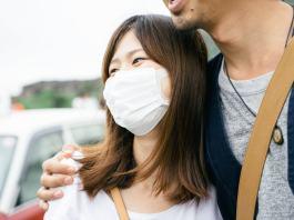 Científicos británicos utilizaron técnicas de modificación genética, con el fin de evitar que células de pollo cultivadas en un laboratorio contraigan la gripe aviar y producir pollos genéticamente modificados que podrían detener una pandemia de gripe humana.