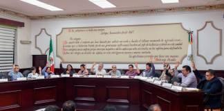 Los miembros del Cabildo aprobaron la modificación de acuerdos, para donar dos inmuebles a la Secretaría de Educación de Veracruz (SEV), en beneficio de una telesecundaria y un jardín de niños.
