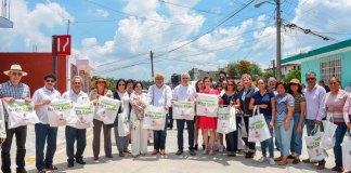 El presidente municipal de Xalapa, Hipólito Rodríguez Herrero inauguró una obra pública por 4 millones de pesos del Fondo de Aportaciones para el Fortalecimiento de los Municipios y de las Demarcaciones Territoriales del Distrito Federal (Fortamun-DF), en las colonias Virginia Cordero de Murillo Vidal y El Naranjal.