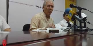 El alcalde de Xalapa, Hipólito Rodríguez Herrero advirtió que denunciarán a funcionarios de administraciones pasadas por el desvío de recursos destinados a la pavimentación de obras.