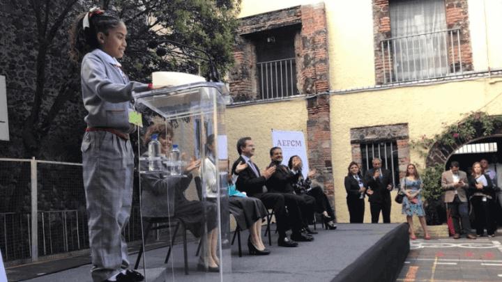 106 bachilleratos de Oaxaca se suman al uniforme neutro