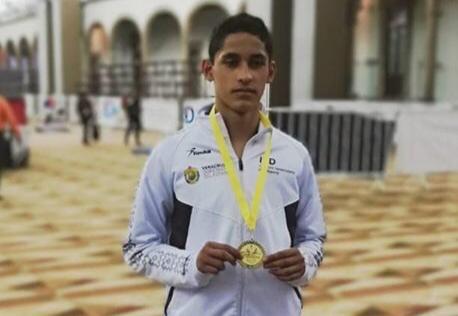 El taekwondo veracruzano estará presente, representando a México en el próximo Mundial Juvenil de Taekwondo que se realizará en Azerbaiyán, el cordobés Julián Sánchez Yañez integra la selección mexicana de este deporte.
