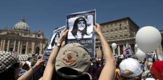 Las tumbas de dos princesas alemanas que se encuentran en un cementerio dentro de las murallas del Vaticano serán abiertas para comprobar si esconden los restos de Emanuela Orlandi, la hija desaparecida de un empleado vaticano en 1983.
