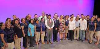 La Secretaría de Educación de Veracruz (SEV) anunció que para el año 2020, las becas Benito Juárez pasarán de 190 mil a 300 mil, para cubrir en su totalidad el nivel bachillerato en el estado.