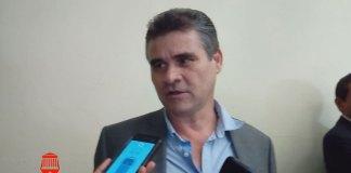 El vicepresidente de la Cámara Nacional de Comercio (Canaco) en Xalapa, David Stivalet Collinot reconoció que en Veracruz la economía enfrenta una crisis.