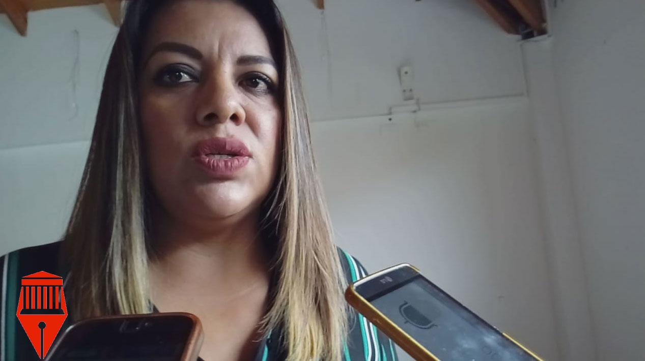Las autodefensas deben regularizarse para ser coadyuvantes con las autoridades, consideró la regidora de Xalapa, Luiza Angélica Bernal.