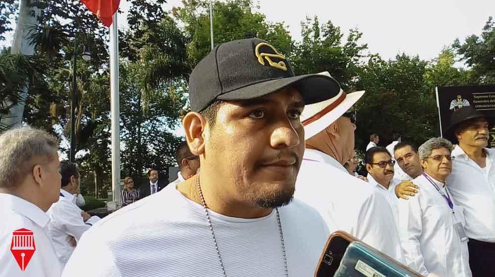 El comandante del Frente Nacional de Autodefensas en Veracruz, David Villalobos indicó que en Veracruz hay grupos de autodefensas en Las Choapas, Cardel (municipio de La Antigua), Xalapa, el puerto de Veracruz, Cosamaloapan y Minatitlán y la región de Los Tuxtlas.