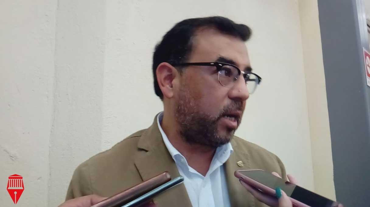 El presidente de la Cámara Nacional de Comercio (Canaco) en Xalapa, Bernardo Martínez Ríos aseguró que el Gobierno del estado debe mejorar las negociaciones para evitar manifestaciones en el centro de la ciudad.