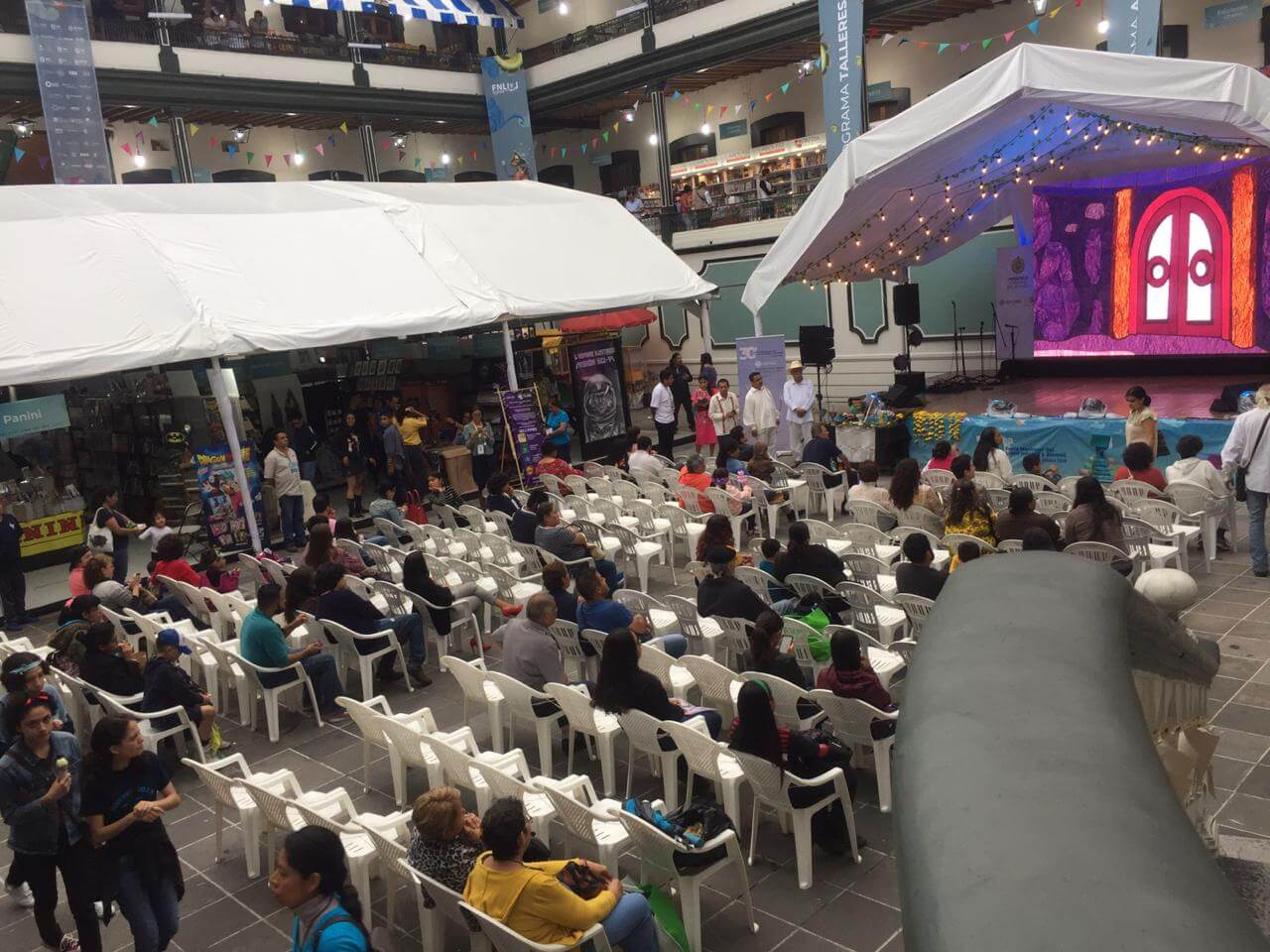 Este viernes 26 de julio, se realizó la inauguración de la 30ª Feria Nacional del Libro Infantil y Juvenil Xalapa 2019, la cual se celebrará del 26 de julio al 4 de agosto en el Colegio Preparatorio de Xalapa ubicado en Juárez.