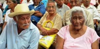 El presidente, Andrés Manuel López Obrador afirmó que la gente de la tercera edad ya comenzó a recibir la pensión prometida por parte de su gobierno.