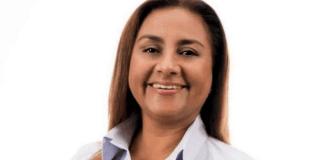 La presidenta municipal de Manzanillo, Griselda Martínez Martínez sufrió un atentado, mientras circulaba en el vehículo oficial que tiene asignado.