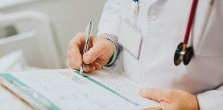 Las autoridades federales de inmigración han dejado de otorgar estatus especial a extranjeros que piden quedarse en el país por tratamientos médicos u otras circunstancias especiales.