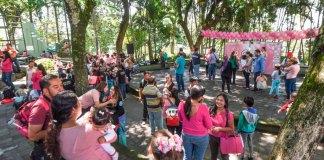 El Departamento de Promoción de la Salud del Ayuntamiento de Xalapa, en coordinación con los Servicios de Salud de Veracruz (Sesver), participó en la realización de la Gran Lactada Xalapa 2019, este domingo en el Ágora de la Ciudad.