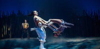 Tras dominar el aire con sus increíbles acrobacias, el agua y hasta el fuego, el Cirque Du Soleil puso la mirada en el hielo y sorprende con Crystal, el primer espectáculo de la compañía en el que se combinan actos circenses con la elegancia y fragilidad del patinaje artístico.