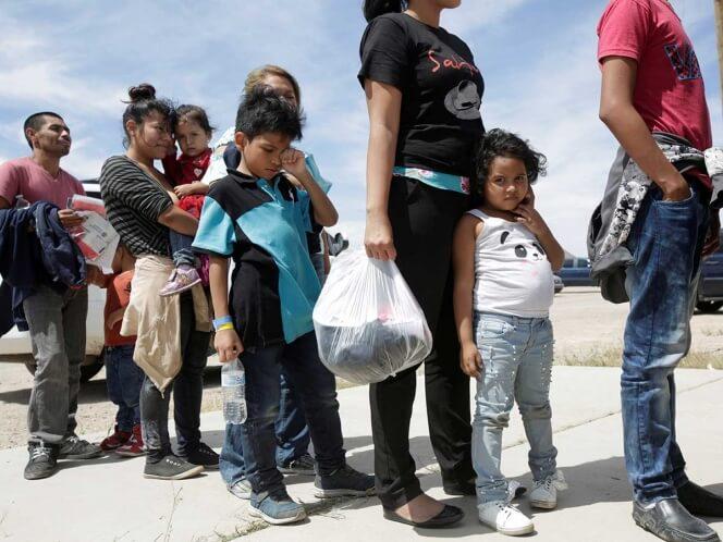 Diecinueve estados y el Distrito de Columbia entablaron una demanda contra el gobierno del presidente Donald Trump por tratar de modificar un acuerdo federal que impone límites al tiempo que los niños migrantes pueden permanecer detenidos.