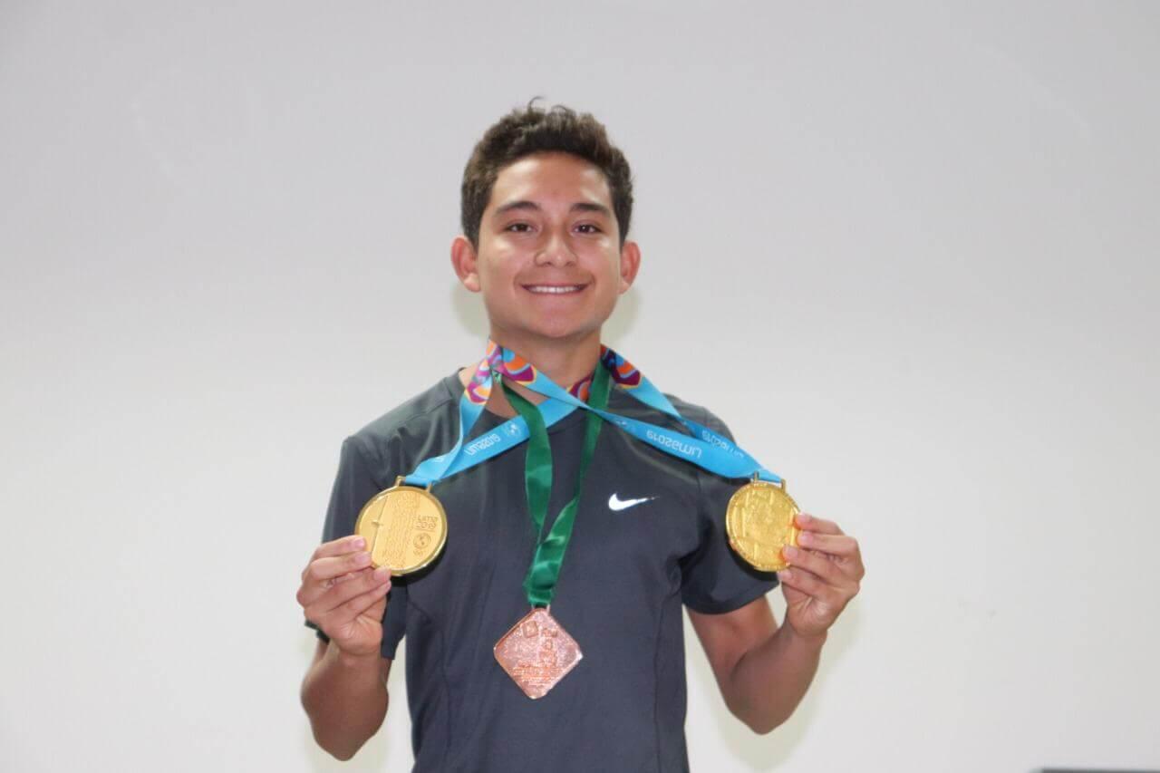 El clavadista veracruzano Kevin Berlín Reyes afirmó que está enfocado en cumplir con su sueño de calificar a Tokio 2020, luego de sus dos medallas de oro conseguidas en los Juegos Panamericanos de Lima, Perú 2019.