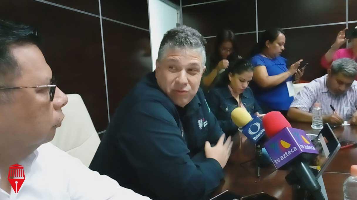 El secretario de Seguridad Pública, Hugo Gutiérrez Maldonado indicó que no acudirá al citatorio que le dio la Fiscalía General del Estado (FGE), para declarar en calidad de testigo, por el caso del asesinato de la alcaldesa de Mixtla de Altamirano, Maricela Vallejo Orea, pero sí entregará su declaración por escrito.