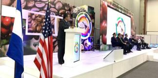 El titular de la Secretaría de Desarrollo Agropecuario, Rural y Pesca (SEDARPA), Eduardo Cadena Cerón anunció que Veracruz será sede de la novena Cumbre Latinoamericana del Café, a celebrarse el próximo año, en el World Trade Center (WTC) de Boca del Río.