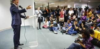 La Asamblea Nacional ratificó el martes a Juan Guaidó como jefe del Congreso y presidente interino de Venezuela hasta que cese la usurpación del mandatario Nicolás Maduro.