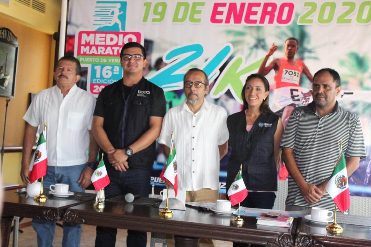 El Comité Organizador del Medio Maratón Puerto de Veracruz 2020, al presentar este magno evento deportivo a medios de comunicación, señaló que es positiva la expectativa de consumar el éxito con 9 mil corredores en la próxima edición.