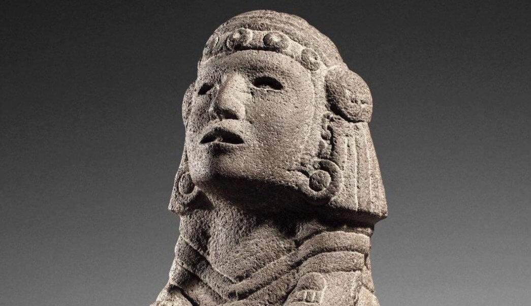 La subasta de arte precolombino que México intentó frenar en Francia, al considerar que la mayoría de piezas pertenecen a su patrimonio cultural, alcanzó ayer 1.2 millones de euros.