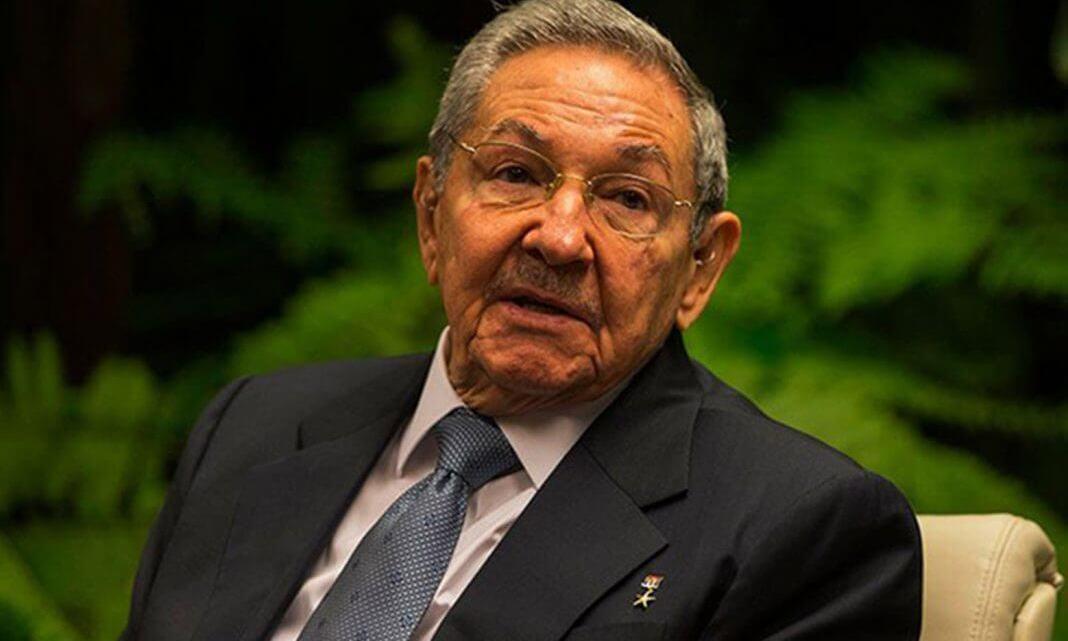 EU prohibe acceso a Raúl Castro y familia