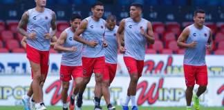 El Club Deportivo Veracruz trabajó este miércoles en la cancha del estadio Luis 'Pirata' de la Fuente, donde el cuerpo técnico aprovechó para seguir delineando el posible cuadro titular de cara al partido ante Cruz Azul, juego de la fecha 9 del Torneo Apertura 2019 en Liga MX.