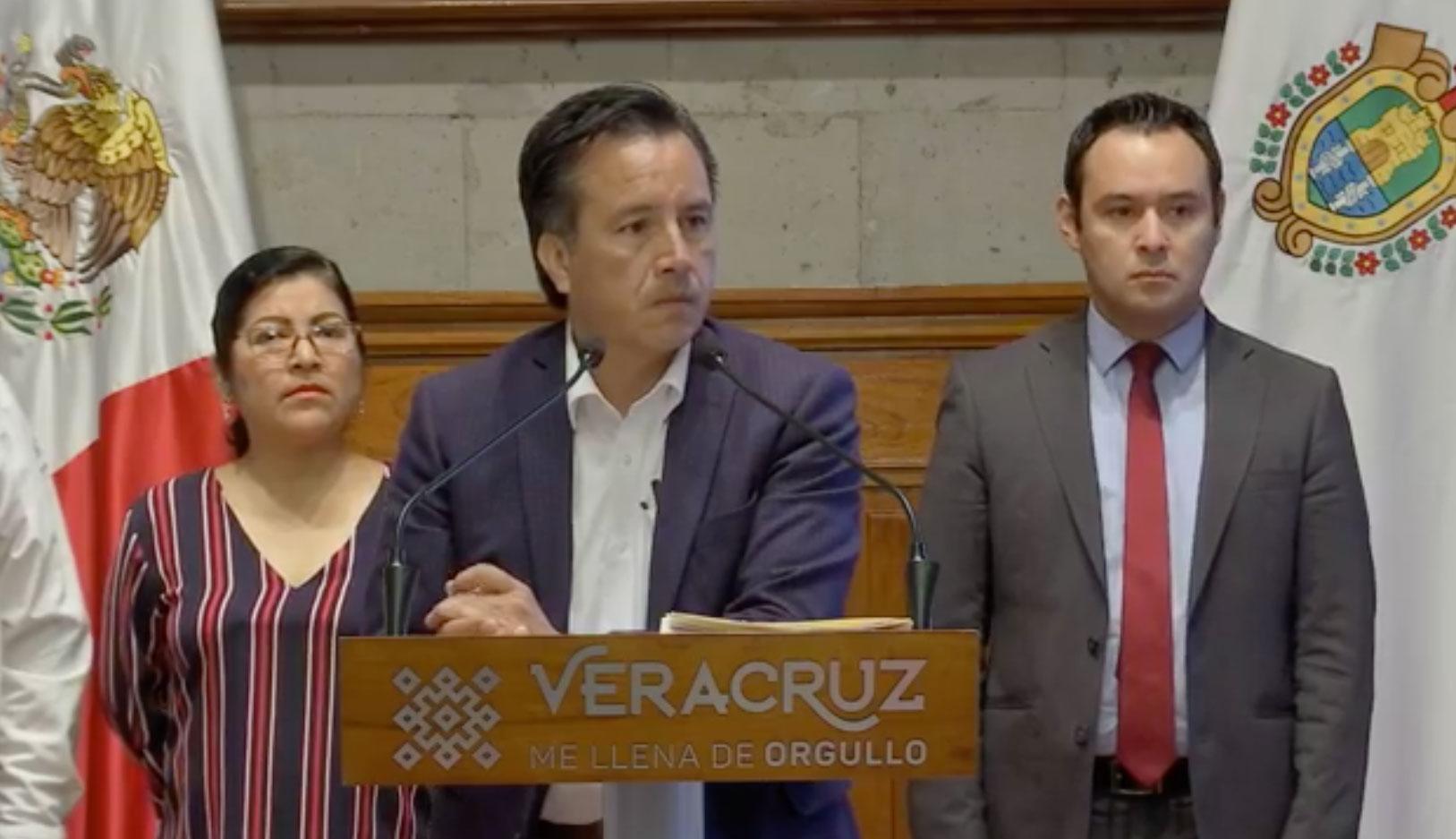 El gobernador, Cuitláhuac García Jiménez opinó sobre el comunicado emitido por el fiscal removido, Jorge Winckler Ortiz, quien acusó de persecución política.