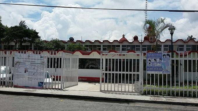 Personal médico del Centro de Salud de Orizaba permanecen en campaña contra el dengue, que inició el pasado lunes.