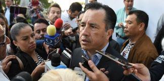 El gobernador del estado, Cuitláhuac García señaló que Veracruz se encuentra en una etapa crítica, por los casos de dengue registrados en la entidad, por lo que se tomarán medidas urgentes.