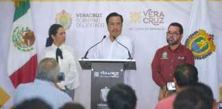 El gobernador del estado, Cuitláhuac García Jiménez dio a conocer los resultados obtenidos en materia de detenciones en el presente mes en Agua Dulce.