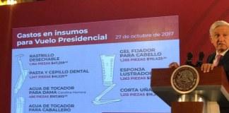 El presidente de México, Andrés Manuel López Obrador exhibió los gastos realizados durante el sexenio de Enrique Peña Nieto en un vuelo realizado el 27 de octubre de 2017.