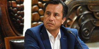 Esta tarde, el gobernador del estado, Cuitláhuac García se deslindó de la separación temporal de Jorge Winckler Ortiz, de la Fiscalía General del Estado.