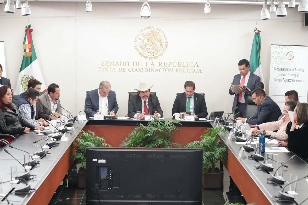 El Senado de la República recibió las propuestas para cubrir el cargo de presidente de la Comisión Reguladora de Energía (CRE), que envió el Ejecutivo federal, Andrés Manuel López Obrador.