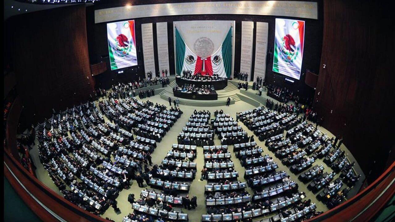 La Cámara de Diputados reunida en Pleno aprobó en lo general el dictamen de las comisiones de Justicia y Hacienda, con reformas en materia penal y fiscal, para atacar la defraudación fiscal, las facturas falsas y empresas fantasma.