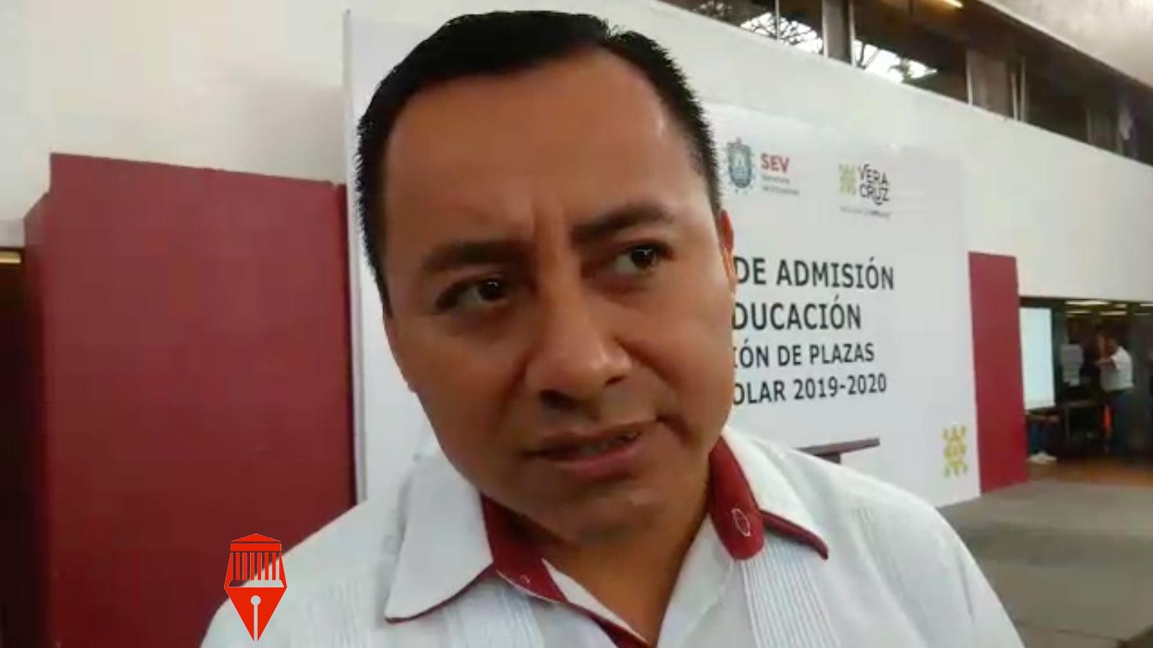 El subsecretario de Desarrollo Educativo de la Secretaría de Educación de Veracruz (SEV), Moisés Pérez Domínguez dio a conocer que aún faltan por entregarse libros de texto gratuito en escuelas del estado.
