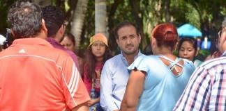 Este martes, el presidente municipal de Veracruz, Fernando Yunes Márquez atendió el llamado de madres de familia de pequeños con cáncer que reciben tratamiento en el Hospital Infantil de Veracruz, ante la falta de medicamentos y tratamiento de quimioterapia para los menores.