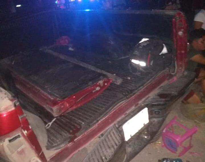El Gobierno del Veracruz atendió de manera inmediata a las personas que resultaron lesionadas en el accidente ocurrido en la carretera federal 129, San Rafael - Martínez de la Torre, donde un tráiler impactó a una camioneta particular en la que viajaban menores de edad, miembros de un equipo de fútbol de San Rafael.